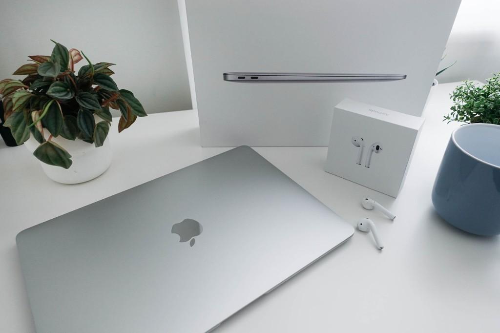Unbox Macbook Air M1 2020